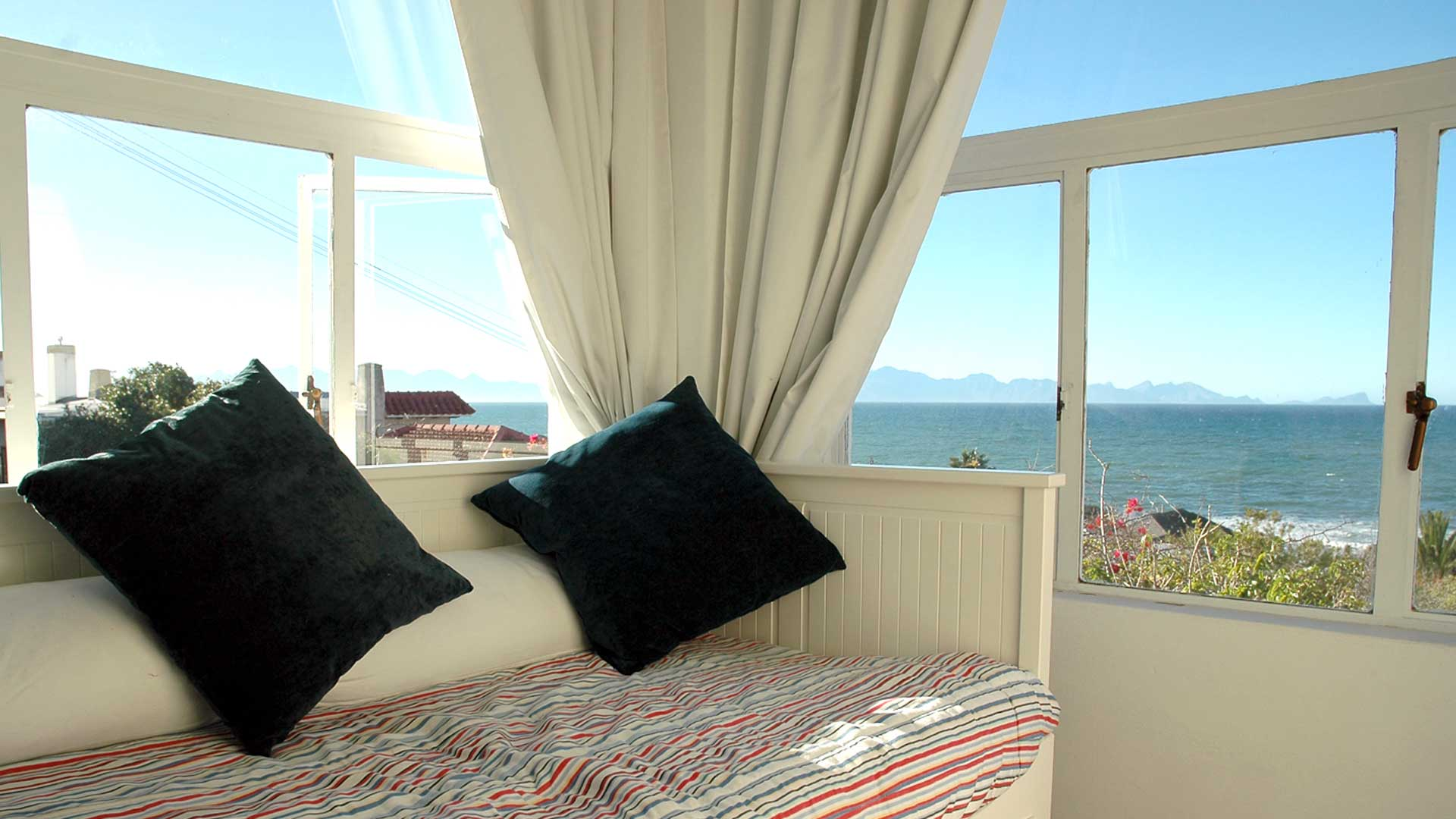 Blue Sky Bed And Breakfast Cape Town